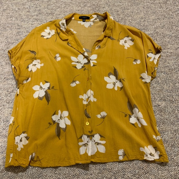 Dynamite Yellow Floral Button-down Top